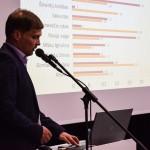 """VU KF Analitinės žurnalistikos magistro studijų programos absolventas Andrius Nenėnas skaitė pranešimą """"Kaip laimėti savivaldos rinkimus regionuose?"""" (vadovė – doc. dr. Jolanta Mažylė)"""